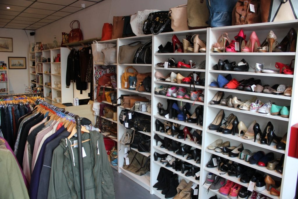 Accessories, handbags and shoes
